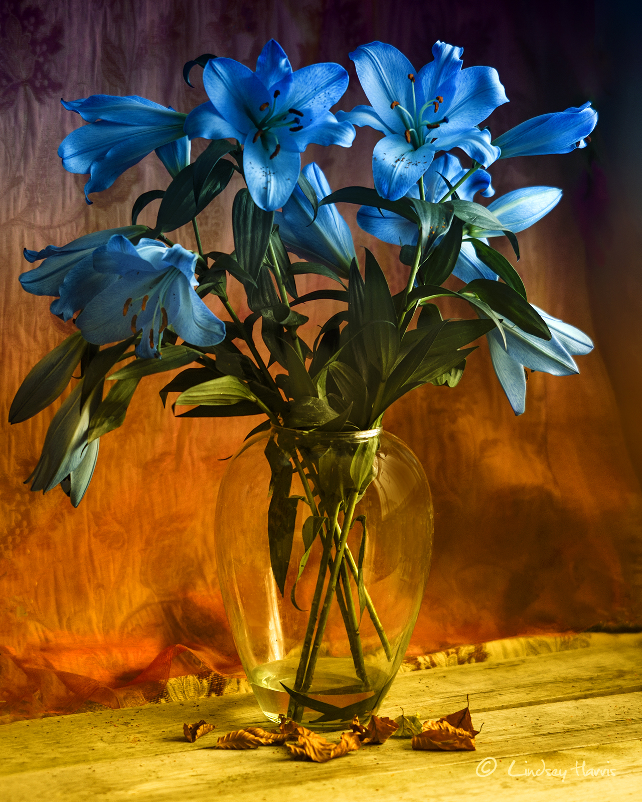 Dufy style photograph of vase of flowers.